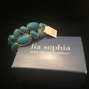 Lia Sophia Turquoise stretch bracelet